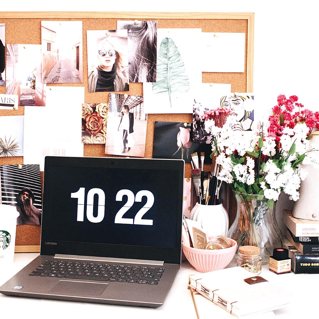plan een batch week om je social media, blog en content te maken.